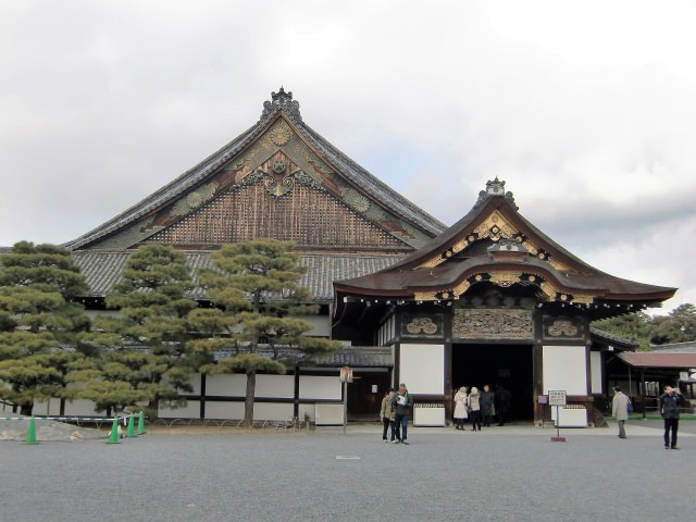 8. Nijojo Castle