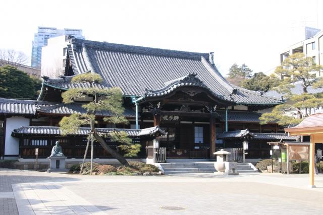 7. Sengakuji Temple